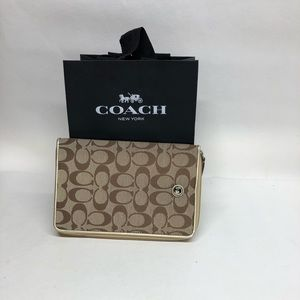COACH Signature Ipad mini Case Cover Zipper